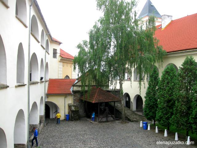 мукачівський замок паланок мукачево україна фото 17