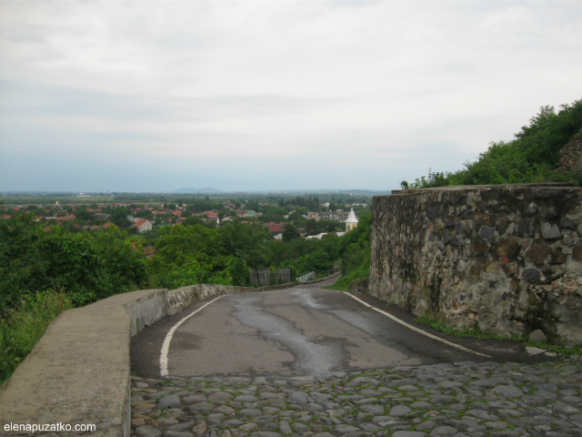 мукачівський замок паланок мукачево україна фото 1