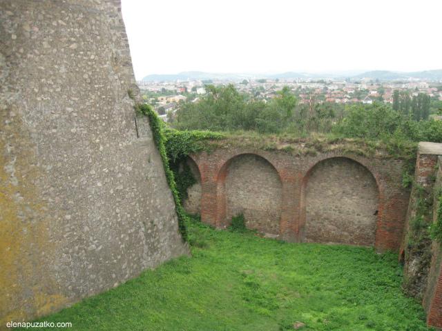 мукачівський замок паланок мукачево україна фото 7