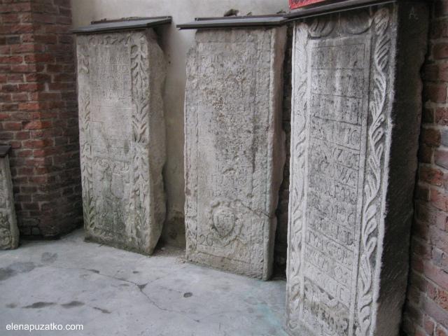 Армянский-Кафедральный-собор-2