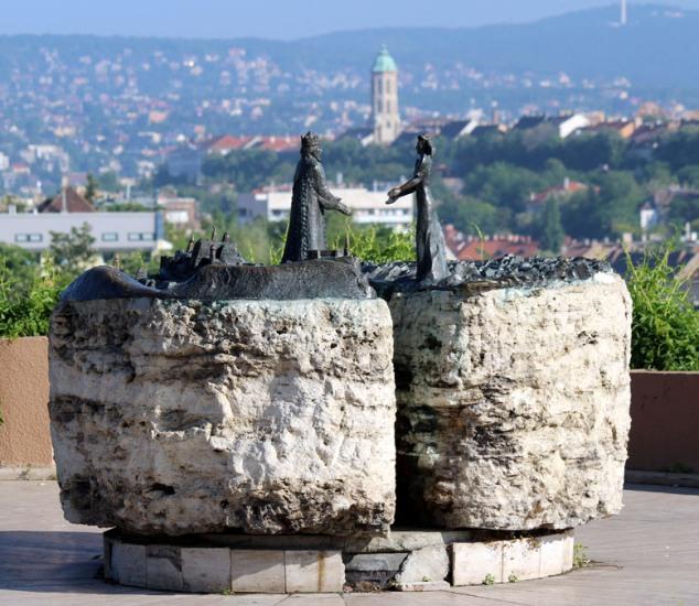 будапешт гора геллерт  угорщина фото 32