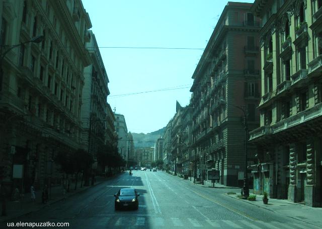 неаполь памятки італія фото 1
