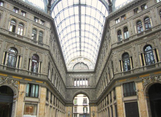 неаполь памятки італія фото 14