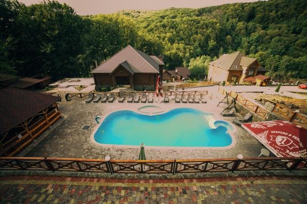 готелі закарпаття з термальними басейнами фото 2