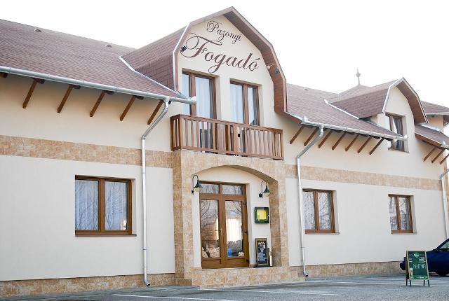 готелі недалеко від кордону угорщини 13